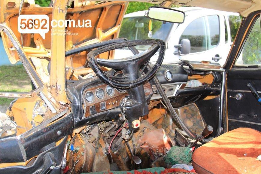 В Днепродзержинске на улице Сичеславский шлях в ДТП пострадали 2 человека, фото-3