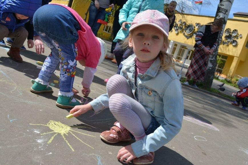 Детский город. Как новополоцкие малыши рисовали от души, фото-8