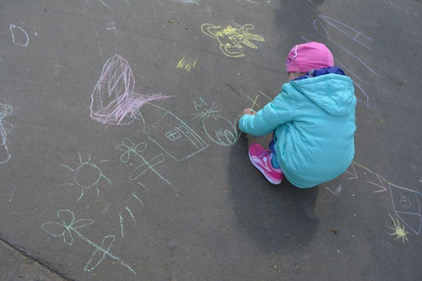 Детский город. Как новополоцкие малыши рисовали от души, фото-14