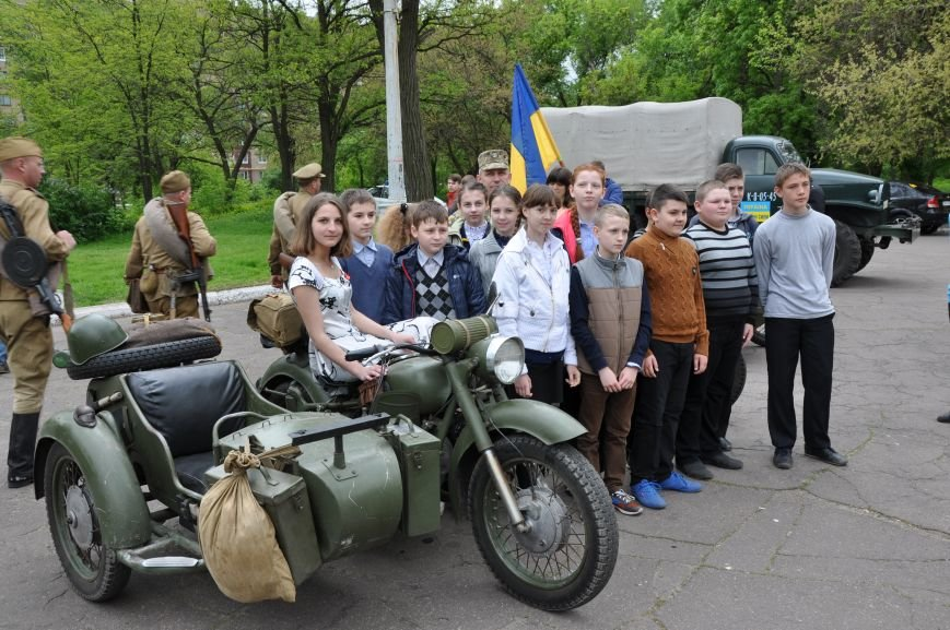 В Краматорск приехала военная техника, фото-2
