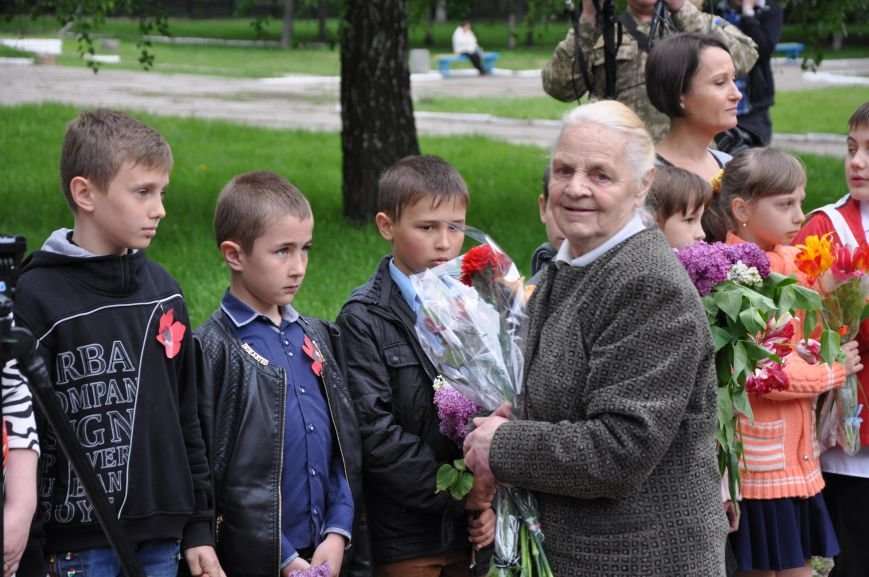 В Краматорске состоялся митинг-реквием ко Дню памяти и примирения, фото-12
