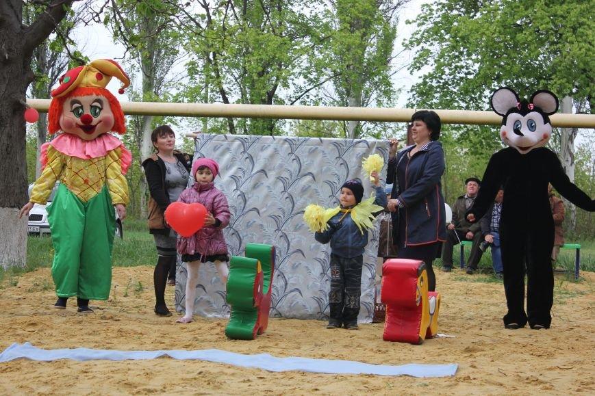 Неожиданный подарок для детишек Бахмутского района, фото-1