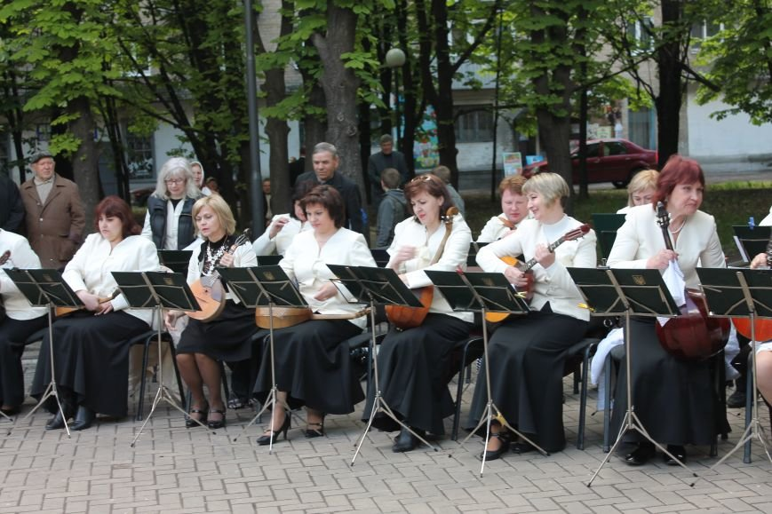 Селидовчане танцевали под песни о любви и верности, фото-10