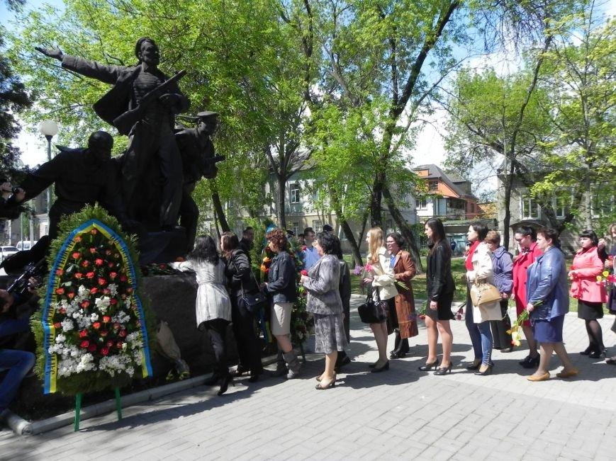 В Бердянске возлагали цветы в память о героях войны, фото-3