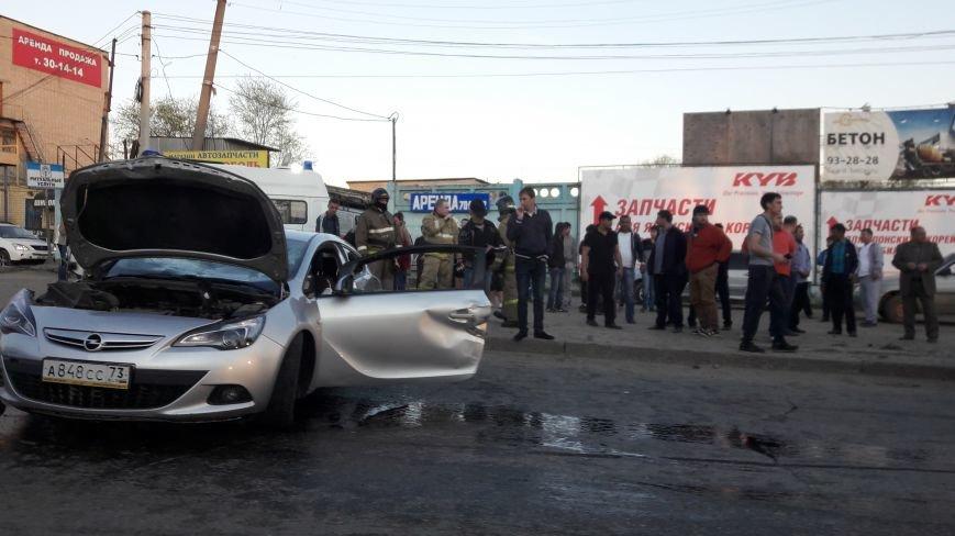На ул. Урицкого произошла авария с тремя автомобилями. ФОТО, фото-3