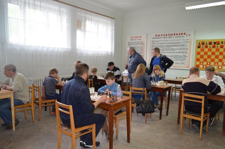 До Дня перемоги у Новограді-Волинському відбувся шахово-шашковий турнір, фото-2