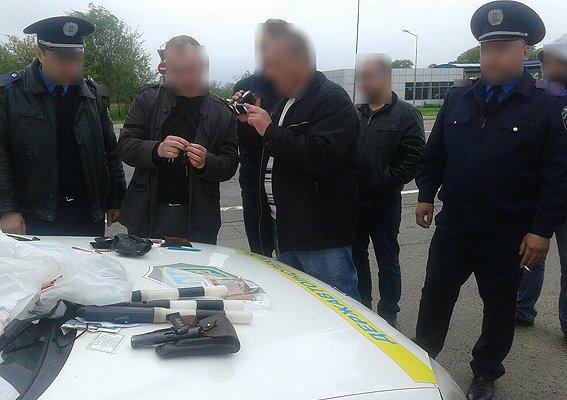 На трассе Чернигов – Гомель полицейские из Чернигова «колядовали» в форме ГАИ, фото-1