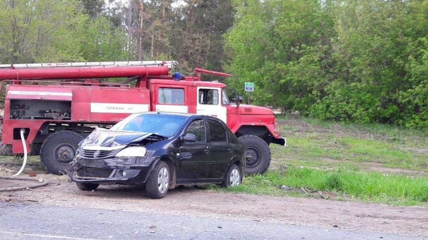 В Новоспасском районе столкнулись Лада Гранта и Рено Логан. ФОТО, фото-2