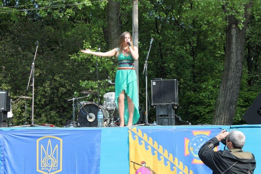 Сотні мешканців м. Селидове зібралися на патріотичному концерті, фото-30