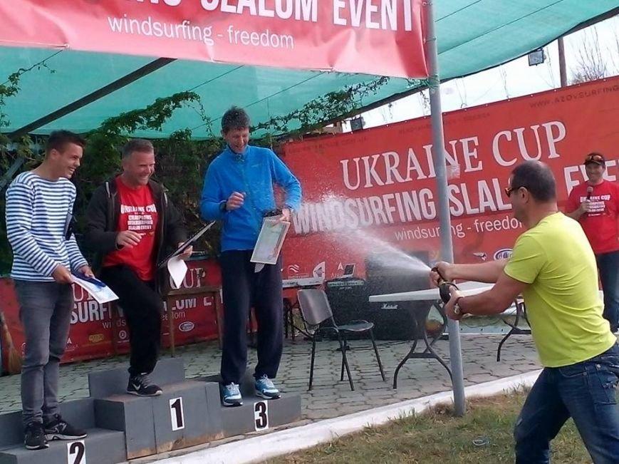 Победителем среди мастеров по виндсерфингу стал спортсмен из Бердянска, фото-6