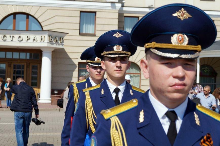 Белгородцы отпраздновали День Победы парадом и шествием «Бессмертного полка», фото-4