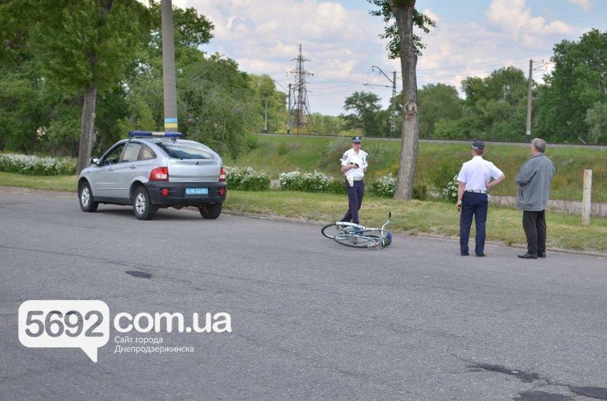 ДТП на Левобережье Днепродзержинска: велосипедист попал под колеса Daewoo Lanos, фото-3