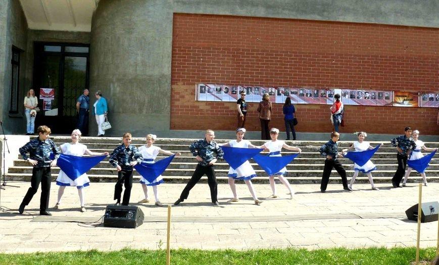 У Кургана Бессмертия в Полоцке прошла акция «Поклонимся великим тем годам…», фото-10
