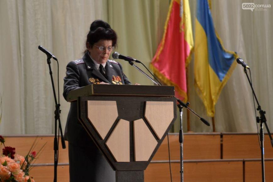 В Днепродзержинске состоялся концерт по случаю Дня Победы, фото-5