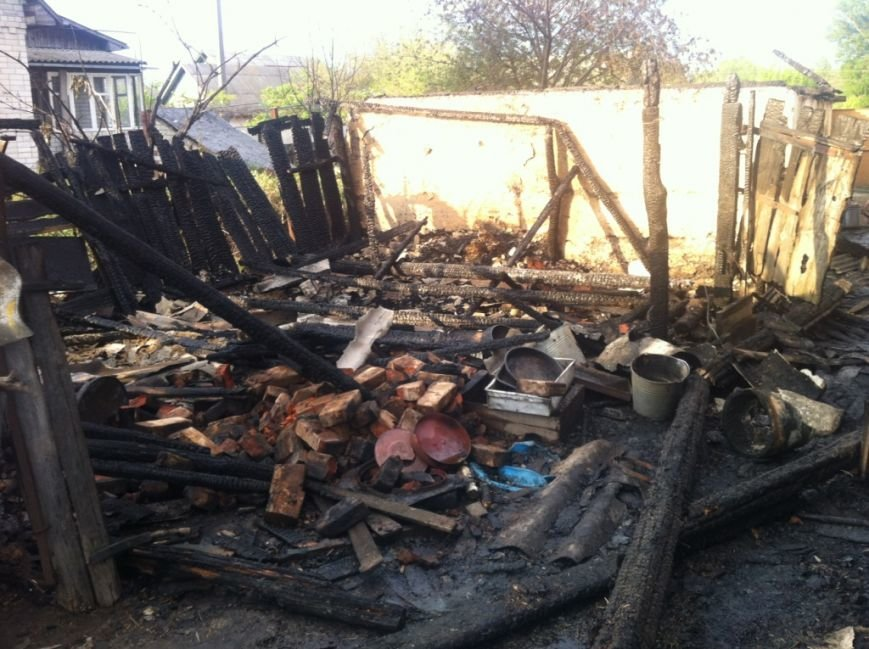 За праздничные выходные на Черниговщине гасили 11 пожаров, фото-2