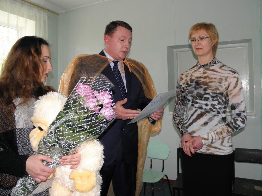 Краматорский мэр в роддоме вручил свидетельство о рождении, фото-4