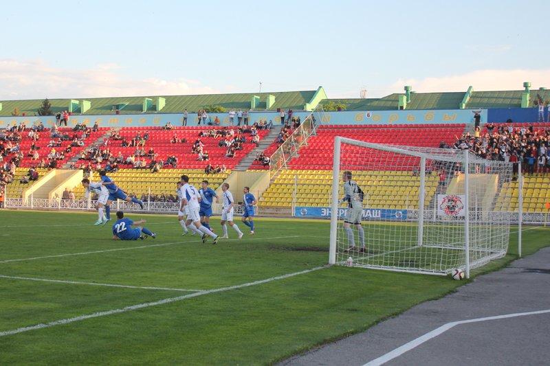 «Энергомаш» выиграл у «Калуги» в последнем домашнем матче сезона, фото-4