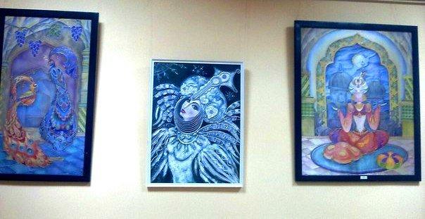 В херсонской библиотеке открылась выставка работ студентов ХГУ (фото), фото-2