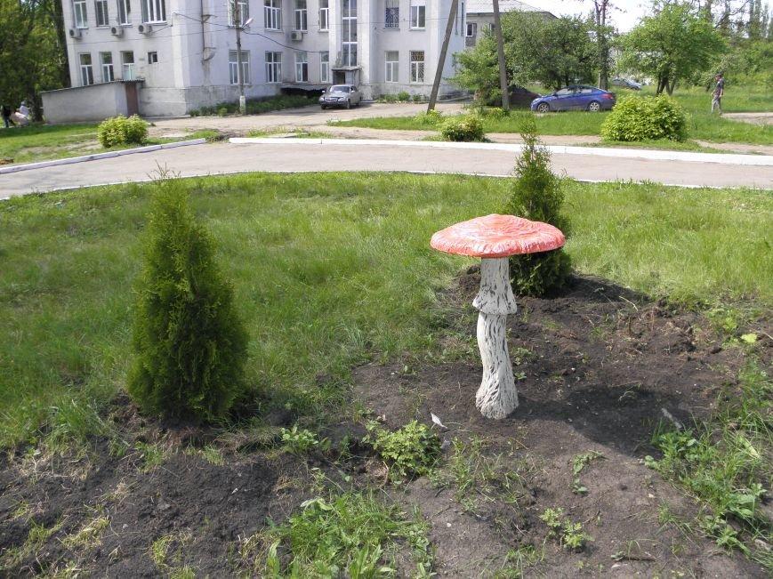 Краматорский аист возле роддома стал уютнее, фото-2