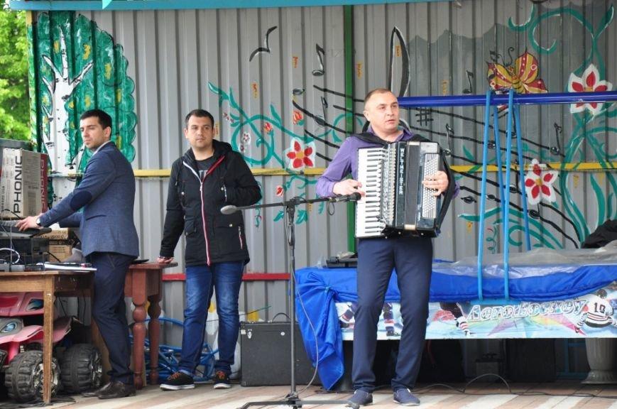 Праздничный концерт посвященный Дню Победы в городе Белицкое, фото-6
