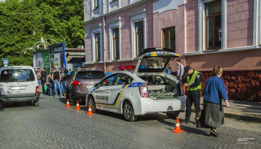 У Чернівцях жінка-водій збила бабусю(ФОТО), фото-8
