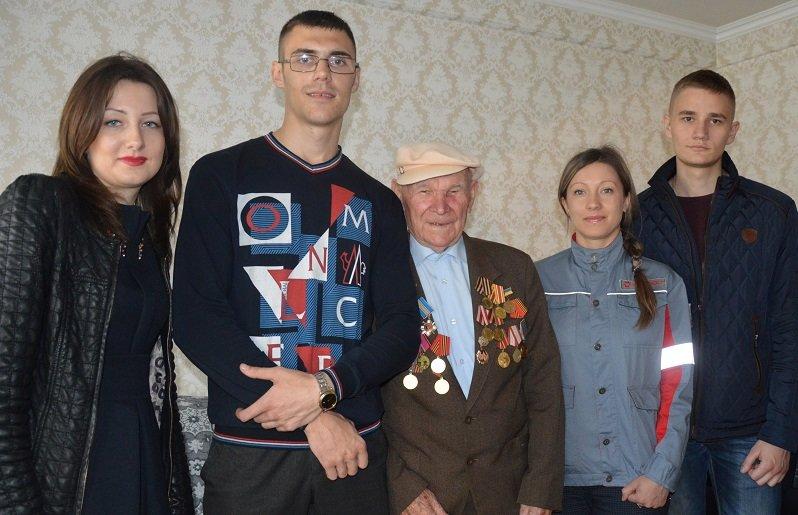 Ко Дню Победы ветераны Авдеевки получили подарки от Метинвеста (ФОТО), фото-6