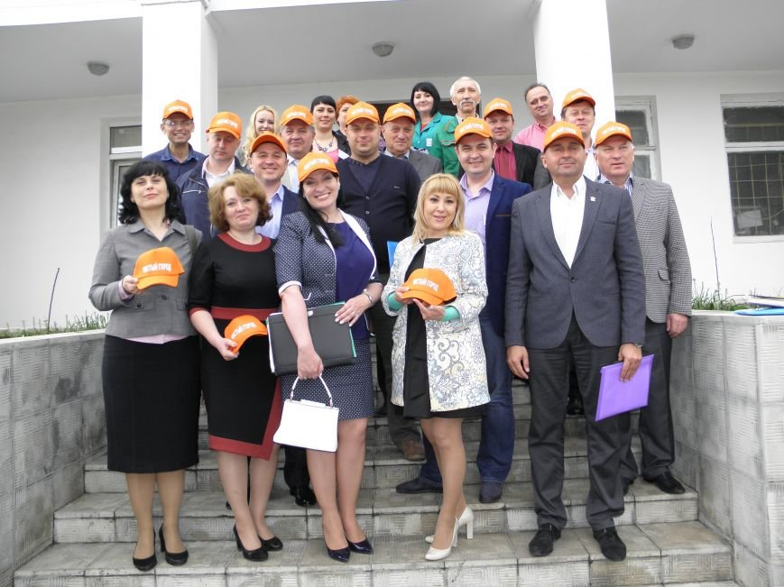 Краматорские депутаты посетили предприятие по вывозу мусора, фото-8