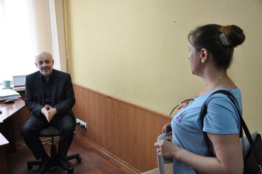 Чиновникам облздрава в Краматорске принесли безопасную кровь, фото-4