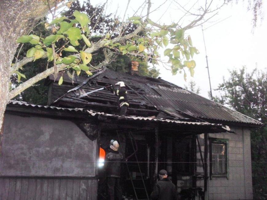 В Бахмаче из-за неисправности проводки сгорел жилой дом, фото-2