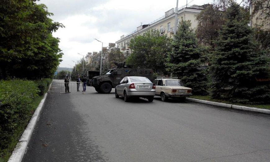 Краматорск в ожидании президента: военная техника окружила центральную площадь (ФОТО), фото-2