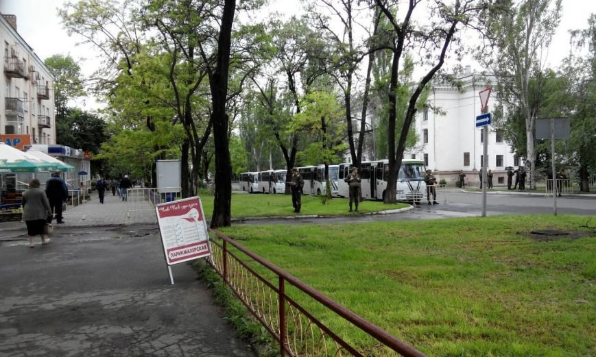 Краматорск в ожидании президента: военная техника окружила центральную площадь (ФОТО), фото-4