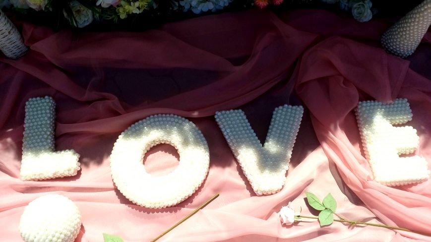 Love, love, love: в парке Славы проходит семейный фестиваль «Свадьба в Херсоне» (фото), фото-6