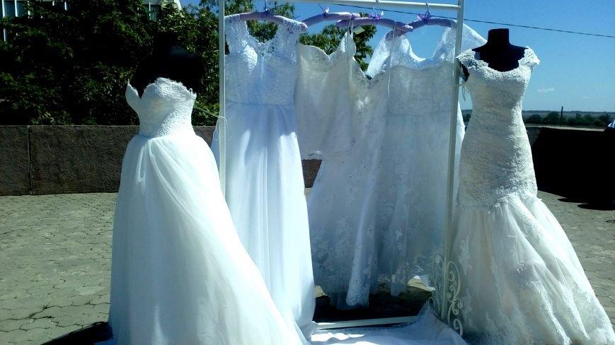 Love, love, love: в парке Славы проходит семейный фестиваль «Свадьба в Херсоне» (фото), фото-7