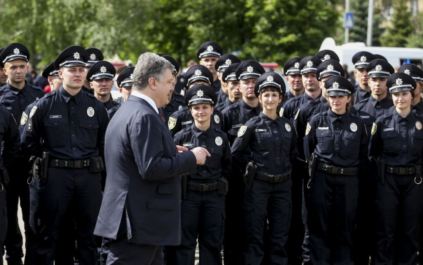 Порошенко принял присягу у новой полиции Краматорска и Славянска (ФОТО), фото-2