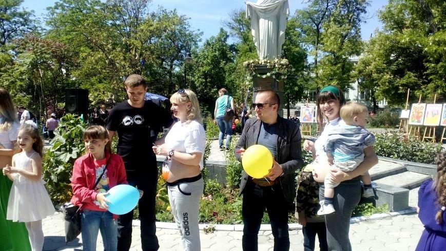 В Покровском сквере прошел парад беременных (фото), фото-1