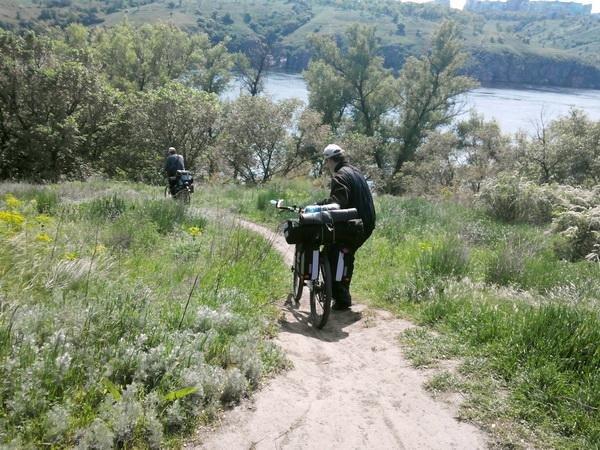 Из Першотравенска на остров Хортица на велосипедах: двое першотравенцев проехали 322 км, фото-2