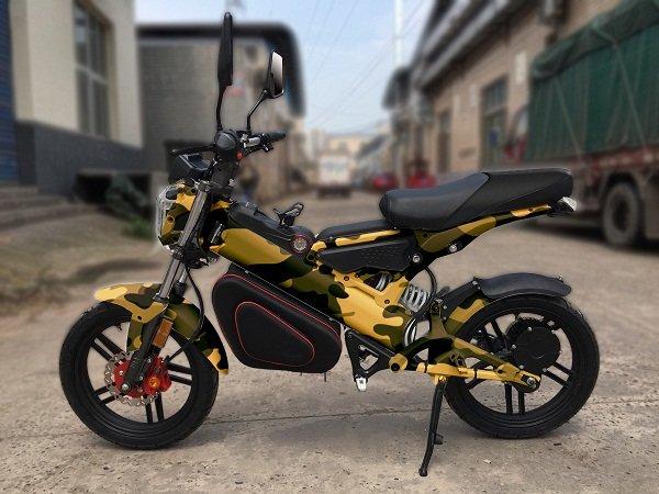 """Skaut U2: Відкриваємо """"екомотосезон"""" на українському електромотоциклі, фото-3"""