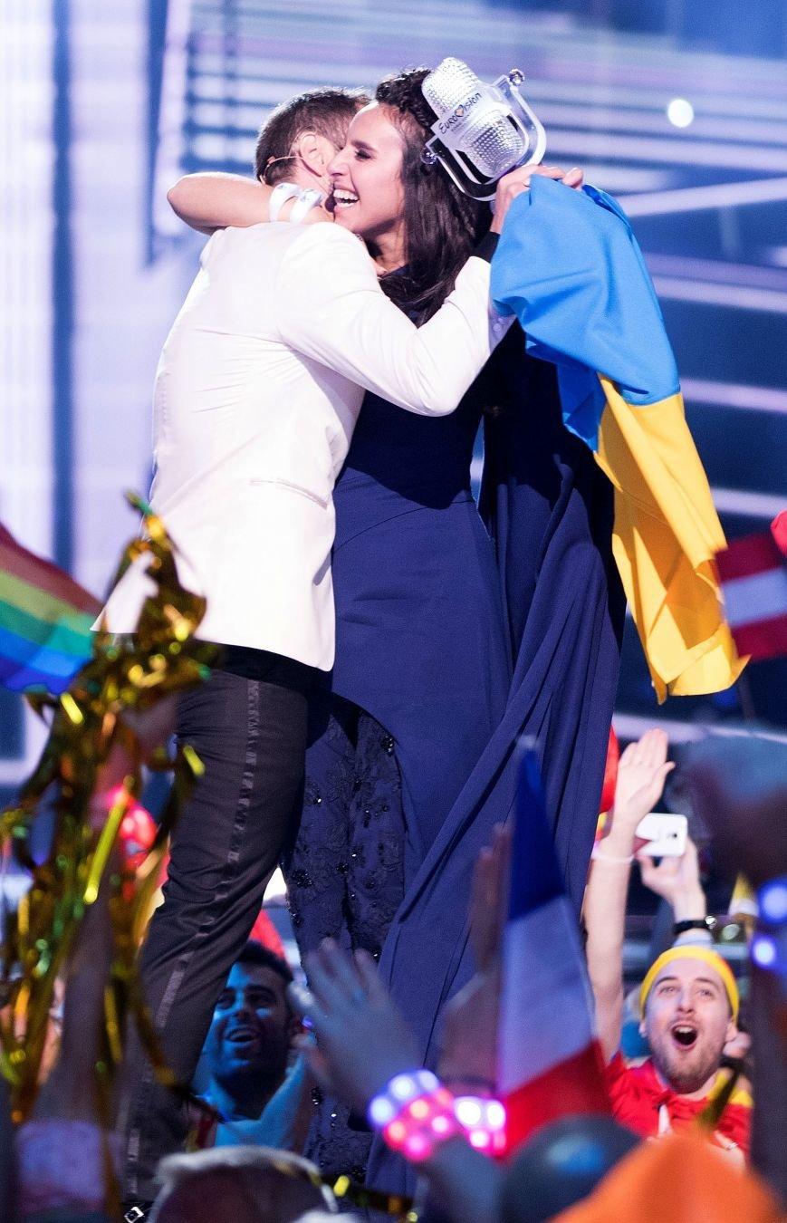 Бахмутчане поздравляют Джамалу с победой на Евровидении, фото-1