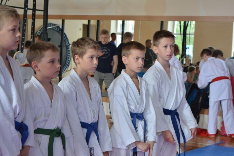 «Сильные духом»: два дня с детьми из новополоцкого каратэ-клуба «Будокай», фото-6