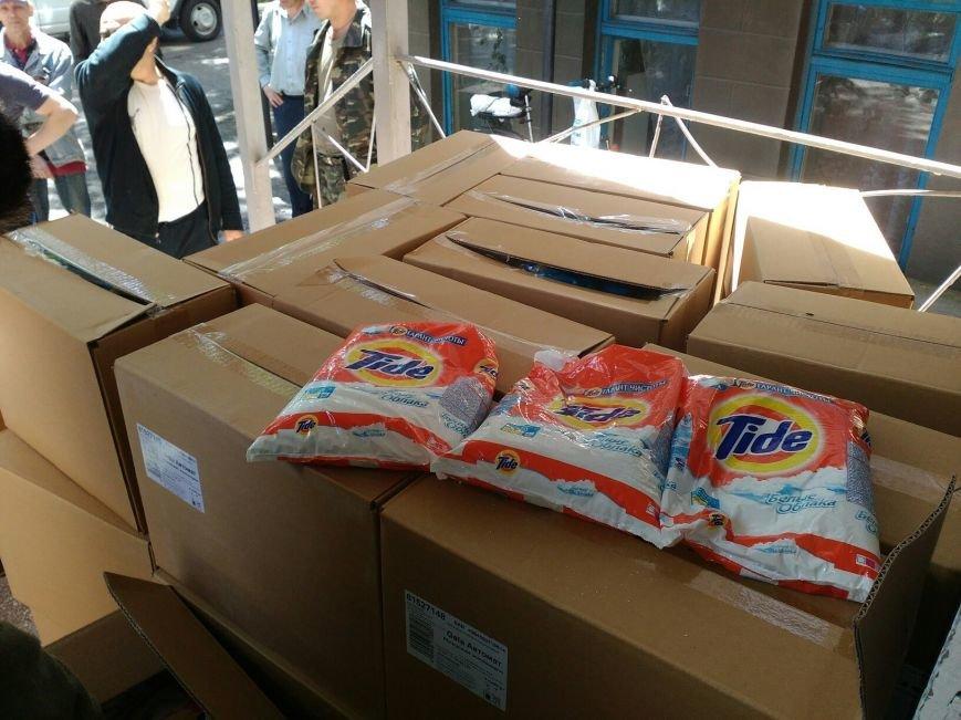 В Бахмут привезли очередной груз гуманитарной помощи, фото-3