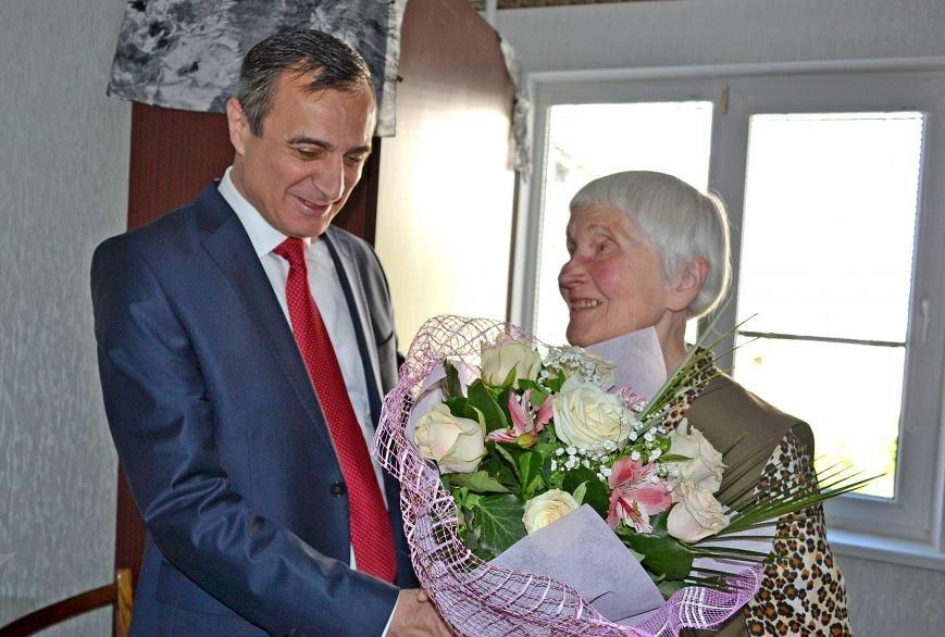 Ветеран ВОВ из Кореиза отметила 90-летний юбилей, фото-2