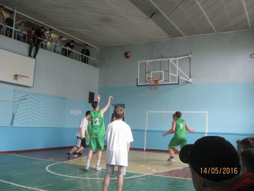 В Новодонецком прошли соревнования по баскетболу, фото-3