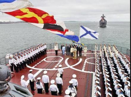Ямальцы поздравили моряков-балтийцев, фото-1