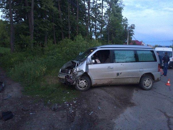 У Чернівцях ДТП - зіштовхнулись дві автівки, фото-1