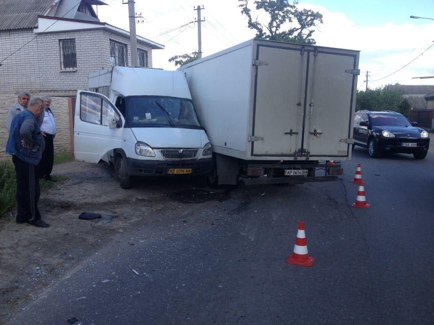 На Передовой грузовик столкнулся с маршруткой: есть пострадавшие (ФОТО), фото-3