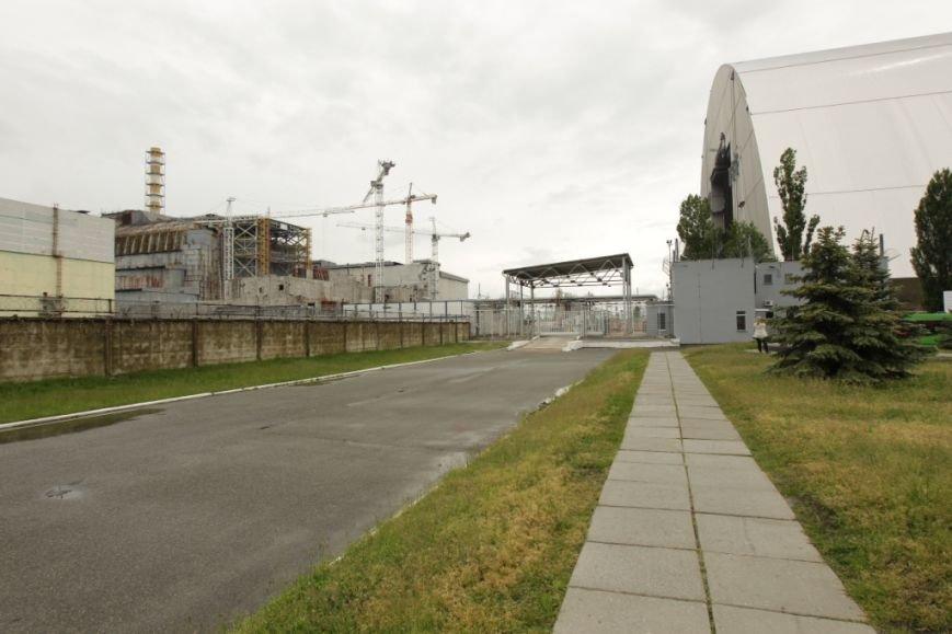 """Чернігівські журналісти та активісти відвідали основні місця зйомок фільму """"Чорнобиль. Зона майбутнього», фото-2"""