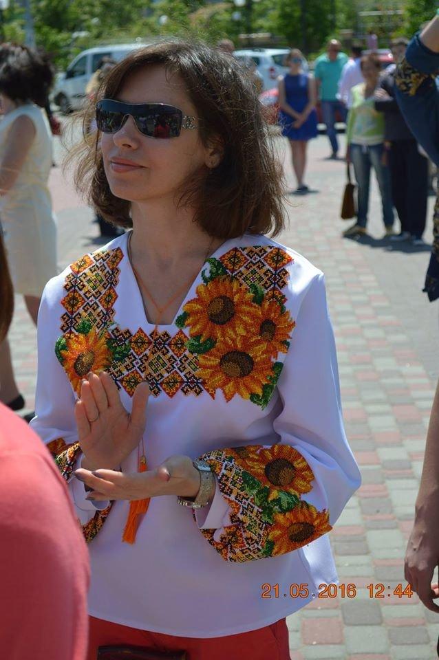 В Бердянске отметили День вышиванки шествием по городу (ФОТОРЕПОРТАЖ), фото-9