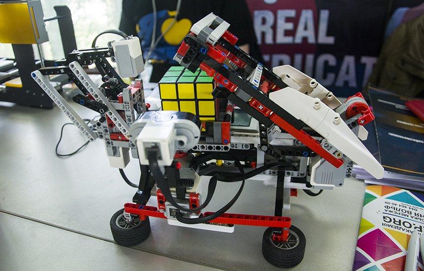 Maker Faire: в Киеве проходит фестиваль технологий, изобретений и экспериментов (ФОТОРЕПОРТАЖ), фото-27