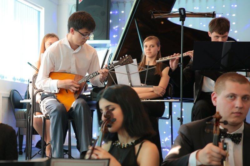 Концерт-экзамен  «Новые имена» прошёл в Южно-Сахалинске, фото-1