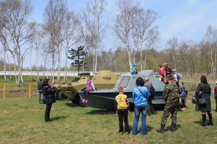 Учащиеся посетили специализированную базу ОМОН (12)